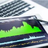 楽観ムードで安定を取り戻した株式市場だが波乱は続く見通し 株式市場を予想